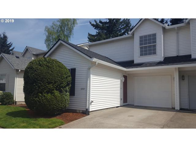 5207 NE 85TH Ave, Vancouver, WA 98662 (MLS #19003760) :: Gustavo Group