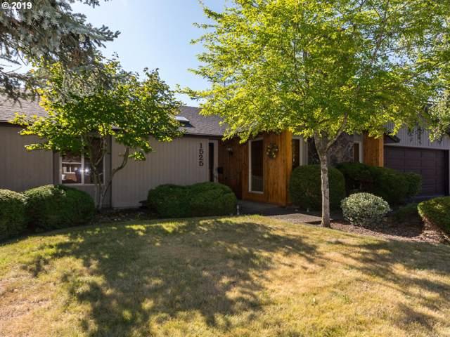 1525 SE Beaver Creek Ln, Troutdale, OR 97060 (MLS #19006855) :: The Lynne Gately Team