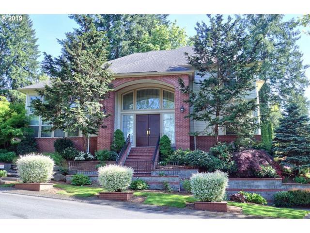 15167 Brook Ct, Lake Oswego, OR 97035 (MLS #19007703) :: The Sadle Home Selling Team