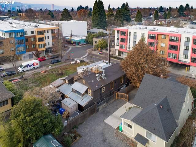 3232 SE Division St, Portland, OR 97202 (MLS #19009191) :: Lucido Global Portland Vancouver