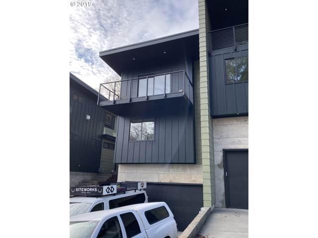 624 NW Michigan Ave, White Salmon, WA 98672 (MLS #19010003) :: Cano Real Estate
