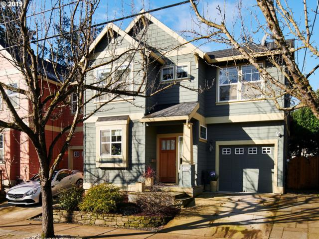 1925 SE 76TH Ave, Portland, OR 97215 (MLS #19010099) :: Matin Real Estate Group
