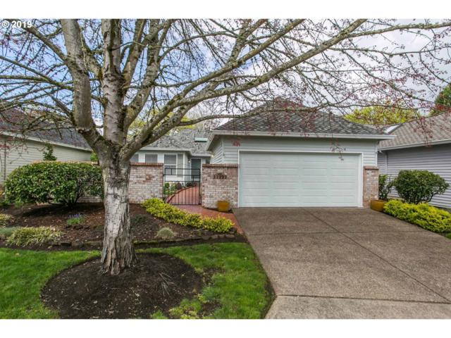 32223 SW Lake Dr, Wilsonville, OR 97070 (MLS #19010848) :: The Galand Haas Real Estate Team