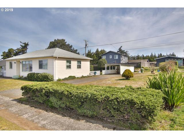 1695 Johnson, North Bend, OR 97459 (MLS #19011876) :: Realty Edge