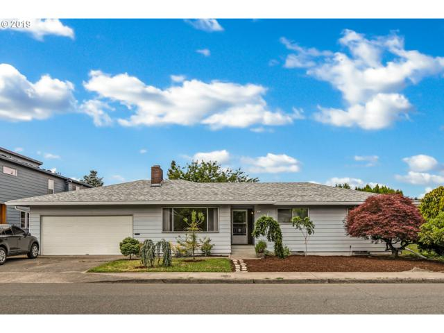9315 SE Market St, Portland, OR 97216 (MLS #19013860) :: Townsend Jarvis Group Real Estate