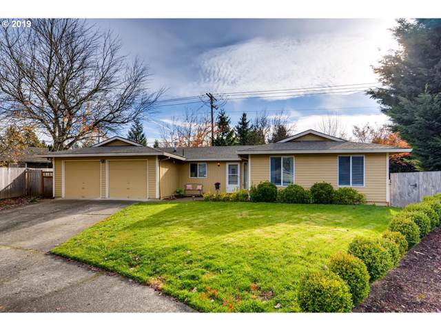 21910 SW Columbia Cir, Tualatin, OR 97062 (MLS #19014523) :: Matin Real Estate Group