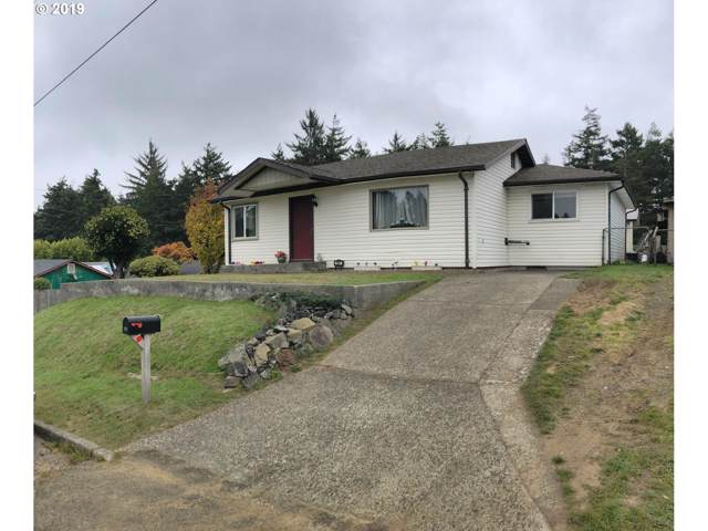 591 N Cammann St, Coos Bay, OR 97420 (MLS #19018558) :: Gustavo Group