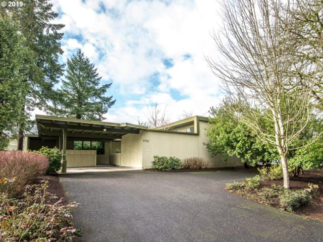 5723 SW 45TH Ave, Portland, OR 97221 (MLS #19019063) :: Next Home Realty Connection