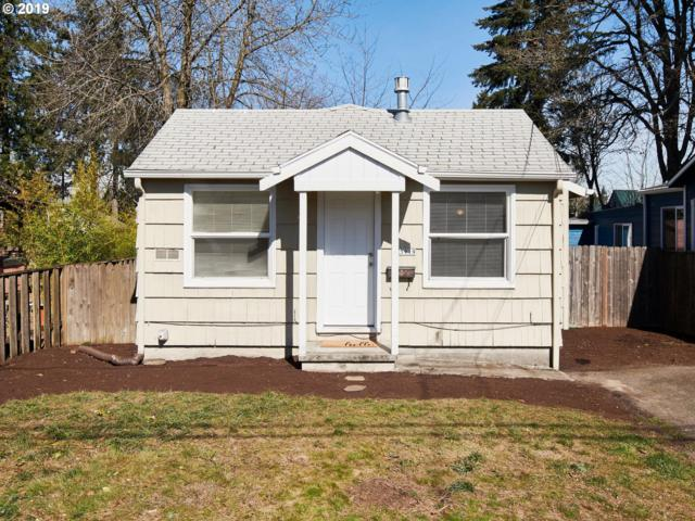 5919 NE Alton St, Portland, OR 97213 (MLS #19019625) :: The Sadle Home Selling Team