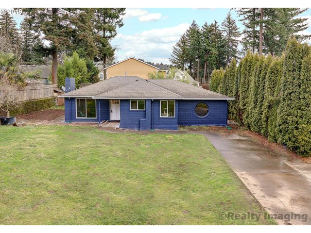3214 SE 174TH Ave, Portland, OR 97236 (MLS #19019823) :: TLK Group Properties