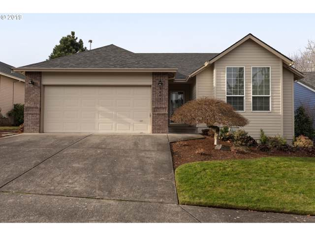 1009 SW Mitchell Ave, Troutdale, OR 97060 (MLS #19021217) :: Next Home Realty Connection