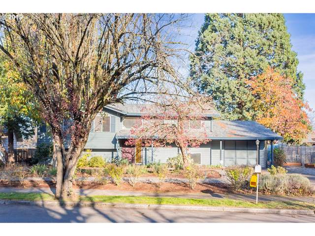 19245 NE Hassalo St, Portland, OR 97230 (MLS #19021788) :: Next Home Realty Connection