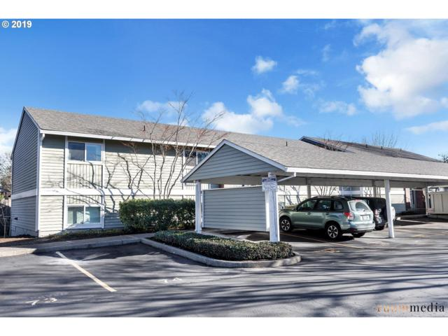 10940 SW Meadowbrook Dr #31, Tigard, OR 97224 (MLS #19027027) :: The Sadle Home Selling Team