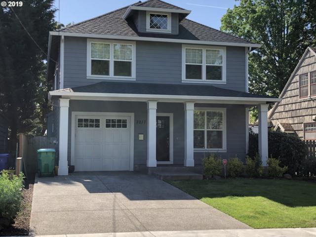 3217 SE 74TH Ave, Portland, OR 97206 (MLS #19028601) :: Townsend Jarvis Group Real Estate