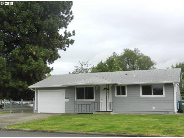 2333 W Hayes St, Woodburn, OR 97071 (MLS #19028965) :: Brantley Christianson Real Estate