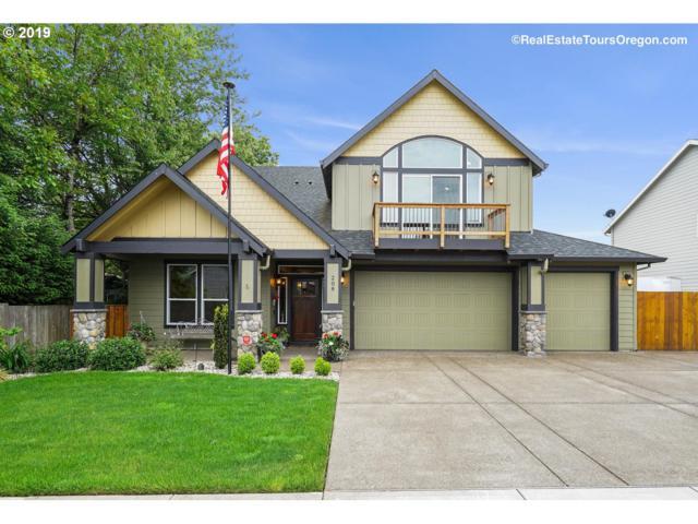 208 Lynn Dr, Newberg, OR 97132 (MLS #19030463) :: Fox Real Estate Group