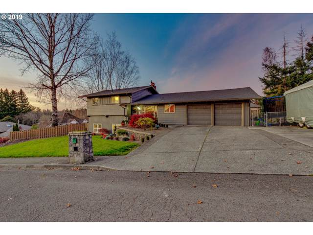 12015 SE Timber Valley Dr, Happy Valley, OR 97086 (MLS #19031606) :: Next Home Realty Connection