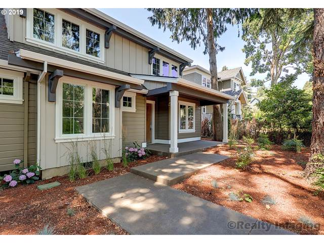 768 7TH St, Lake Oswego, OR 97034 (MLS #19032250) :: Change Realty