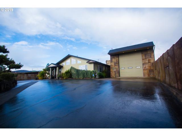 2028 NE Airport Rd, Roseburg, OR 97470 (MLS #19033413) :: McKillion Real Estate Group