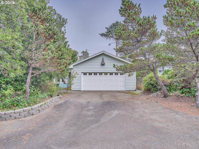 5760 Hacienda Ave, Lincoln City, OR 97367 (MLS #19034921) :: Townsend Jarvis Group Real Estate