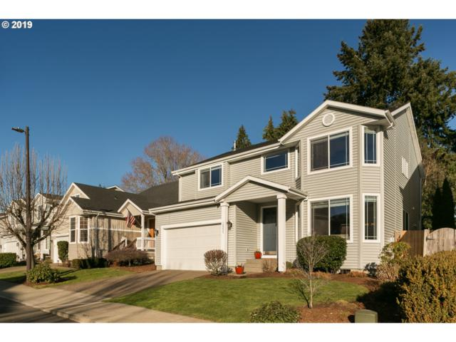 12237 SW Hollow Ln, Tigard, OR 97223 (MLS #19036584) :: Realty Edge
