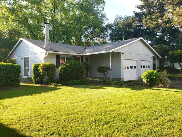 913 Charles St, Newberg, OR 97132 (MLS #19043022) :: Fox Real Estate Group
