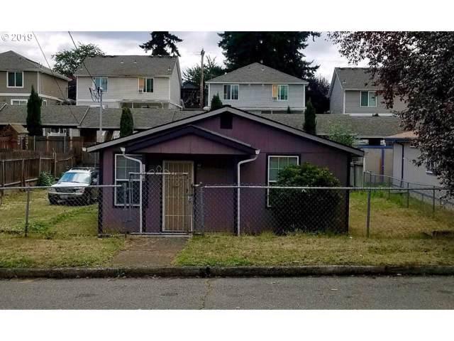 11834 SE Ash St, Portland, OR 97216 (MLS #19044715) :: Gregory Home Team | Keller Williams Realty Mid-Willamette