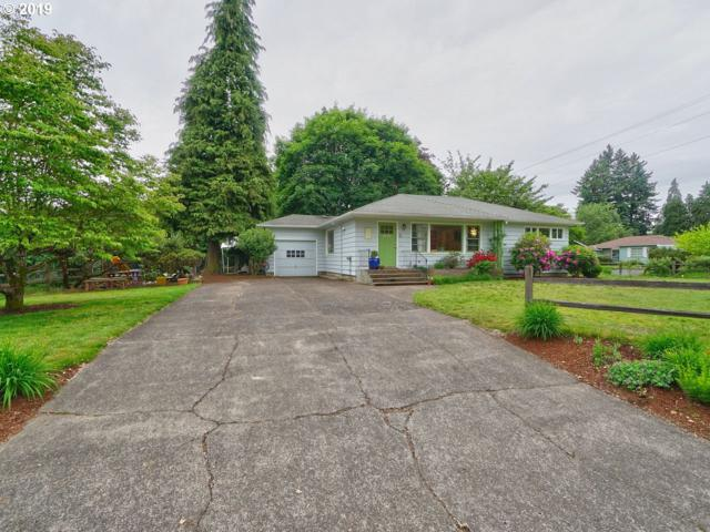 231 NE 10TH Ave, Canby, OR 97013 (MLS #19047315) :: McKillion Real Estate Group
