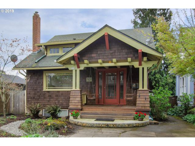 3218 SE Tibbetts St, Portland, OR 97202 (MLS #19047538) :: The Sadle Home Selling Team