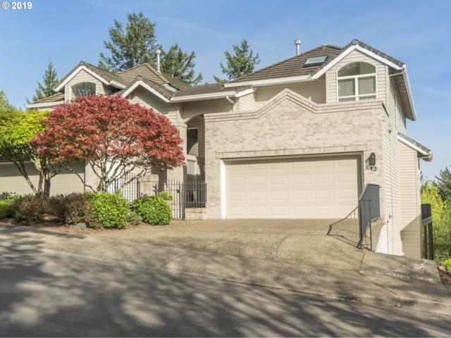 12 Northview Ct, Lake Oswego, OR 97035 (MLS #19047894) :: Townsend Jarvis Group Real Estate