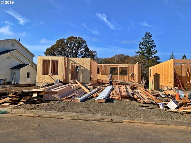3861 N Jones St, Newberg, OR 97132 (MLS #19048153) :: Brantley Christianson Real Estate