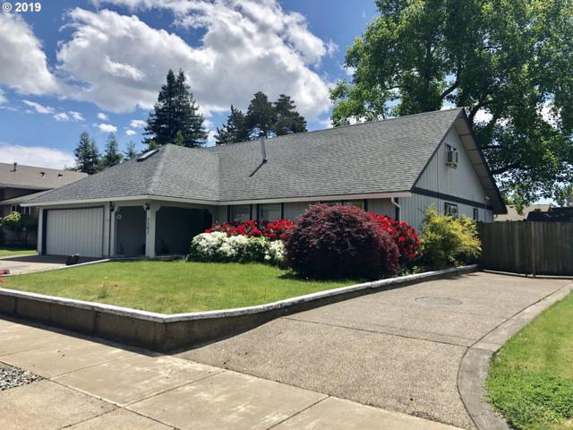 2502 Lily Ave, Eugene, OR 97408 (MLS #19049016) :: The Galand Haas Real Estate Team