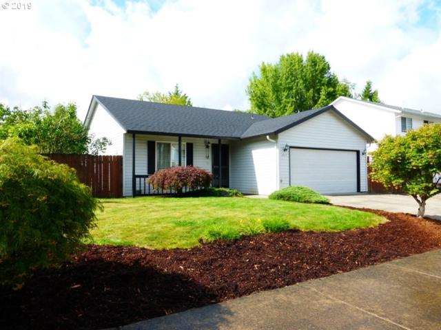 2213 SW 10TH St, Battle Ground, WA 98604 (MLS #19050670) :: Cano Real Estate