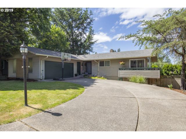 2807 SW Plum Ct, Portland, OR 97219 (MLS #19054934) :: R&R Properties of Eugene LLC