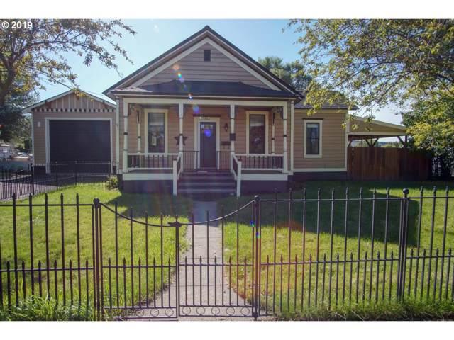 522 NE 7TH St, Prineville, OR 97754 (MLS #19056000) :: McKillion Real Estate Group