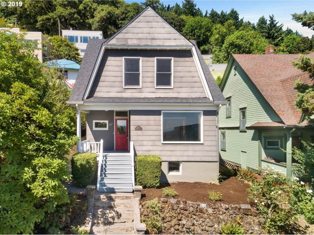 3611 SW Condor Ave, Portland, OR 97239 (MLS #19056124) :: Premiere Property Group LLC