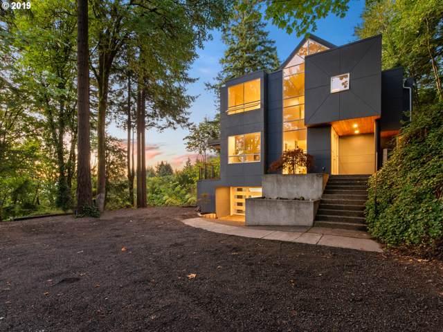 1804 SW Mount Hood Ln, Portland, OR 97239 (MLS #19060104) :: Homehelper Consultants