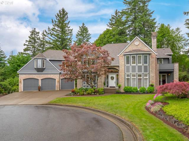 1640 Country Cmns, Lake Oswego, OR 97034 (MLS #19060803) :: Brantley Christianson Real Estate
