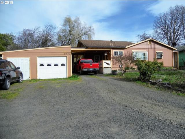 1070 N Collier, Coquille, OR 97423 (MLS #19062077) :: Realty Edge