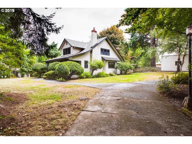5322 SE Hull Ave, Milwaukie, OR 97267 (MLS #19063448) :: Cano Real Estate