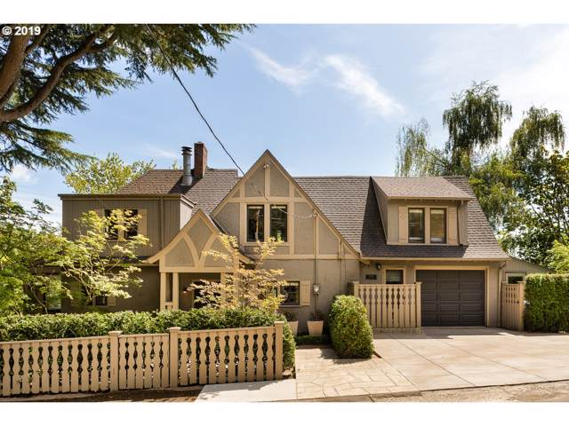 1068 SW Westwood Dr, Portland, OR 97239 (MLS #19063778) :: Skoro International Real Estate Group LLC