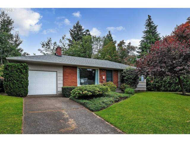 6064 SW 46TH Ave, Portland, OR 97221 (MLS #19064953) :: Matin Real Estate Group