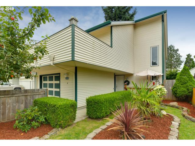 8540 SE Clatsop St, Happy Valley, OR 97086 (MLS #19066017) :: Brantley Christianson Real Estate