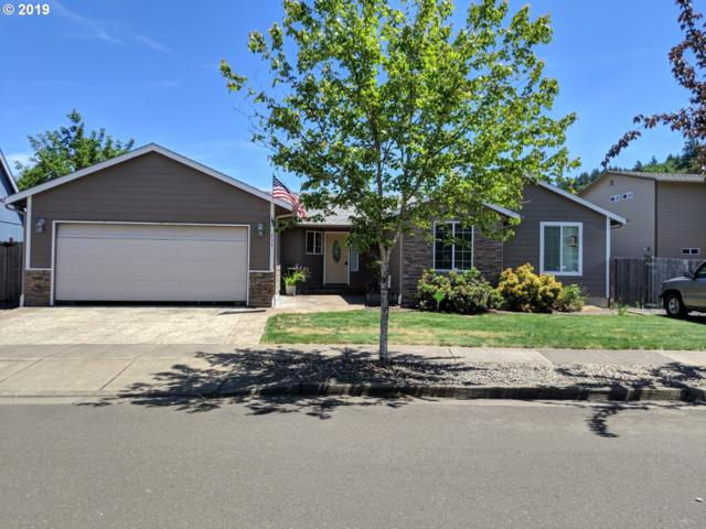 737 27TH Ave, Sweet Home, OR 97386 (MLS #19066036) :: The Liu Group