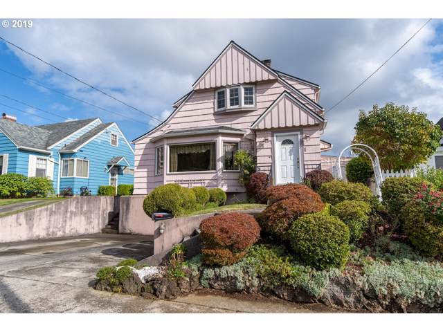 1466 3rd St, Astoria, OR 97103 (MLS #19069634) :: Brantley Christianson Real Estate
