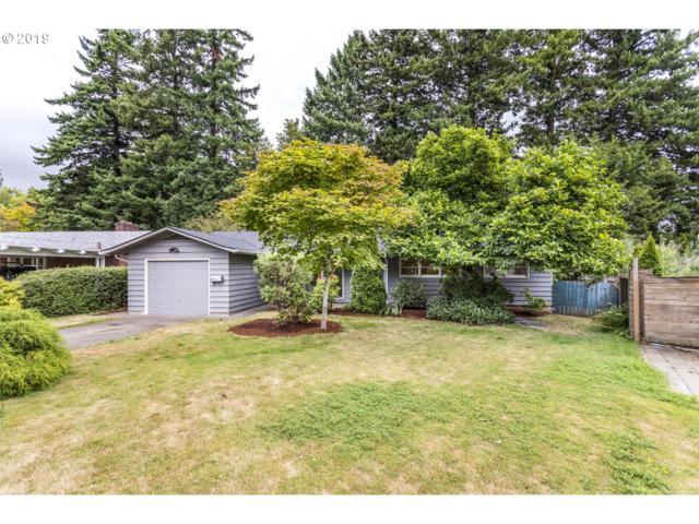 9730 SW Inglewood Pl, Portland, OR 97225 (MLS #19074790) :: R&R Properties of Eugene LLC