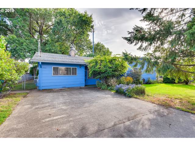 1552 E 1ST St, Newberg, OR 97132 (MLS #19075264) :: McKillion Real Estate Group