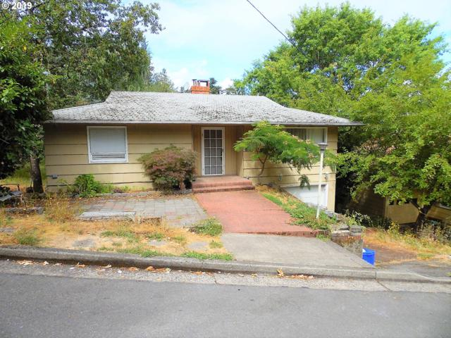 1014 SE Terrace Dr, Roseburg, OR 97470 (MLS #19075382) :: Matin Real Estate Group