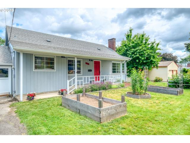 3325 SW Primrose St, Portland, OR 97219 (MLS #19075384) :: Next Home Realty Connection