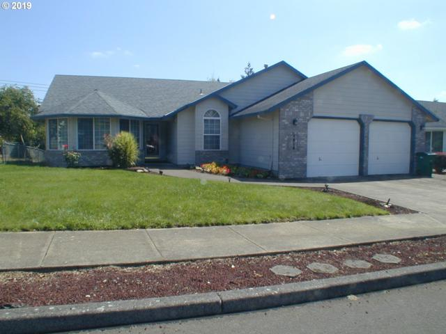 1824 SW Spence Ave, Troutdale, OR 97060 (MLS #19075789) :: Change Realty